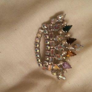 Stick pin crown